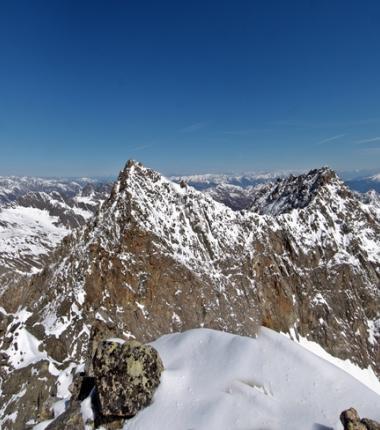 Stattliche Felsgestalten, die mittlere und nördliche Kräulspitze!