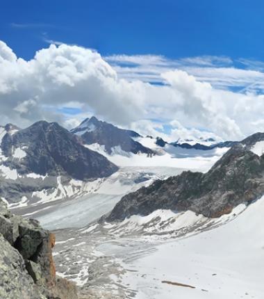 Östliche und Westliche Seespitzen - rechts die Ruderhofspitze. Im Hintergrund Wilder Pfaff und Zuckerhütl!