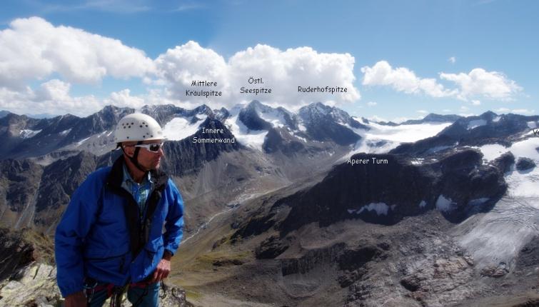 Auf der Berlasspitze führt über den Ostgrat eine lohnende Klettertour von beträchtliche Länge! Über den Zu und Abstieg sollte man gut informiert sein!