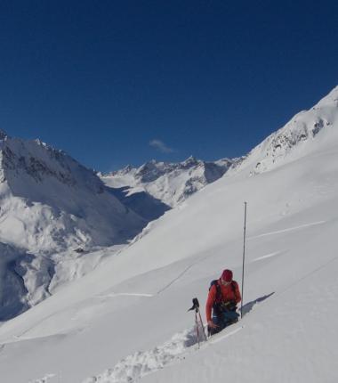 Schneedeckenuntersuchungen liefern wertvolle Infos!