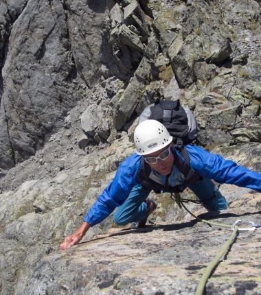 An den Steilaufschwüngen trifft man großteils auf anspruchsvolle Kletterei!